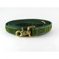 Swiss Velvet Leash In Moss Green